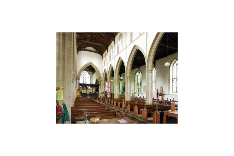 St Andrews Swavesey inside